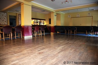 dancefloor_from_stage_corner